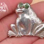 moldavite-frog-pendant1d
